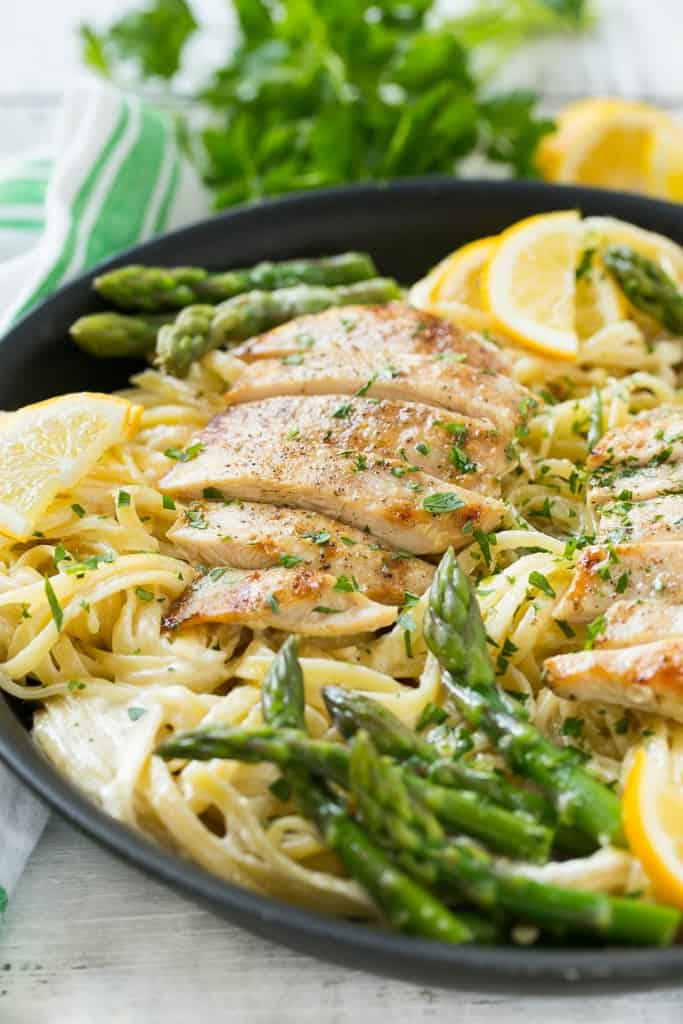 Lemon Asparagus Pasta with Grilled Chicken from Dinner at the Zoo